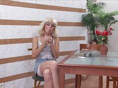 Fuman y follan, Euros