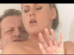 Zmysłowy sex, Po pasje, Pod prysznicem