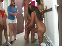 Şکون کردن, نمایش سکس دختر بچه ها, نشان دادن به دختر, لیسیدن دختر گروهی, لیسیدن دختر, لزبین در