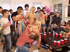 เมาแล้วเย็ดกัน, แอบเย็ดคนเมา, ปาร์ตี้เย็ด, ปาร์ตี่เย็ด, เย็ดเด็กไร่เดียงสา, เมา