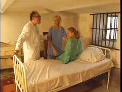 ممرضه ومريضه, زوجها مريض, الممرضتان والمريض, المريض والممرضات, مريضة و ممرضة, مريض