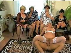 Norma, Abuelitas, Abuelita