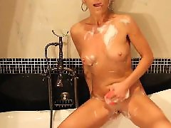 X-mom sex, Take bath, Take a bath, Toy mature, Sexy moms, Sexy toys