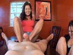 Mom, Footj, Mom foot, Footjobs, Veronica, 女童footjobs