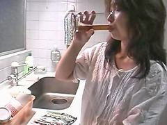 Japanese mother, Japanese, Kitchen