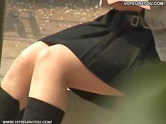 Celana dalam wanita, Dibawah umur