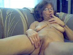 Sweet granny, Sexy granny, Sexy grannies, Long hairs, Long haire, Hair long