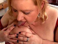 Sexi plavusa se jebe, Jebanje i masturbacija