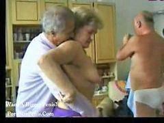 Abuelitas, Abuelita