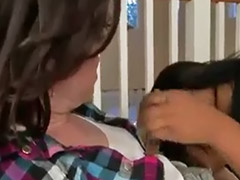 Kissing, Lesbian kissing