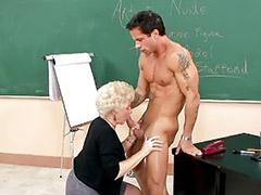 Senor maduro, Señora, Profesora de sexo, Mi primera vez, Abuelitas, Abuelita