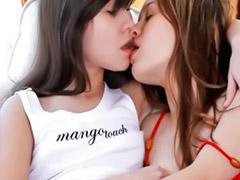 Молоденькие мамы, Ле э, Ле, Мама и подросток, Мама лесби, Подростки лесбиянки