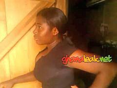 Sho, Ghana, Girl girl