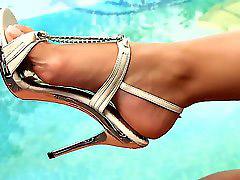 Zabawy z butami, W butach, Jessyka, Pantofle