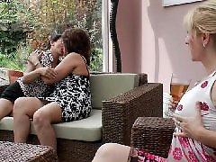 Nenek nenek lesbi, Milf bertiga, Lesbians bertiga, Lesbi bertiga, Nenek-nenek seru