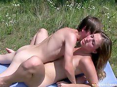 مراهقات الجنس الروسي, سكس مراهقات روسى, سكس روسي, سكس مراهقات, في سن المراهقة