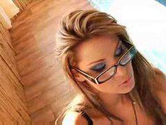 Cindy, Show off, Cindy hope, Shows off, Cindy v, Cindy r