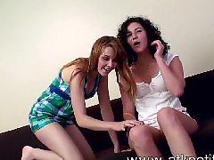 Lesbianas hairi, Lesbianas hairys, Sativa