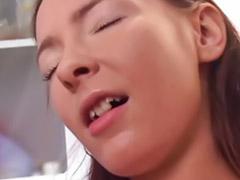 Lesbiennes masturbation anale, Fillette lesbienne anal, Fille aime, Lesbiennes anal, Lesbienne anal