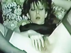 Mastrubasi nyata, Istri gadis, Nyata