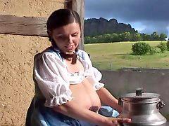 Mucama}, {mucama, Ordeñando leche, Germen, Alemanes, Sirvienta