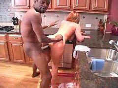 Jebe u kuhinji