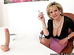 Smoking, Cougar