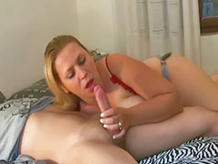 Amatur cum blowjob