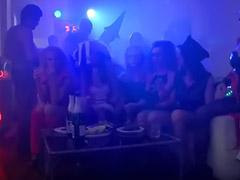 Venirse duro, Vaginal duro, Masturbacion en sexo, Mamada grupo adolescentes, Morenas grupal, Fiestas de orgias