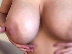 Reife zeigen, Selbstbefriedigung zeigen, Milf zeigt, Boobs zeigen, Masturbieren große brüste, Reife grosse brüste
