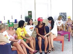 Teen partys, Haus, Teenie lesben, Lesbisch teenie, Jugendlich lesbisch, Lesbisch jugendlich