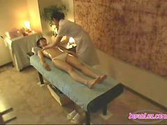 Pussy, Asian, Kissing, Skinny, Kiss, Asian massage