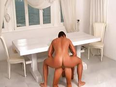 Baci asiatici, Masturbazione tacchi, Bionda tacchi, Asiatica alta, Capelli rasati, Nero anale sborrate