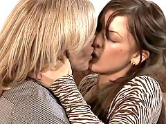 Ninahartley, Nina hartley مثسلاهشى, 妮娜哈特莱, nina hartley, Siku