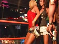 Publico niñas, Niñas bailando, Del publico, Chica del publico, Público