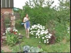 유소녀발, 여학생 발, 정원