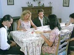 Italiano, Italiana seduce, Italiano,, Amici italiani, Amica italiana, Italiani