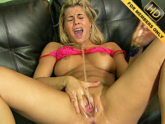 Lou, First squirt, Loude, First squirting, 2012, Loud