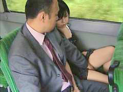 Japanin the bus, Oli