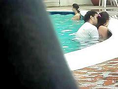 เข้าห้อง, เย็ดกันที่สระว่ายน้ำ, ชาวเข, รูปสาวแก