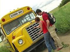 รถบัสx, โรงเรียน, รถบัส
