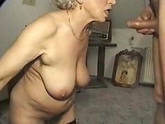 Abuelas follando, Abuelita
