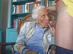 Büyükanne, Anneanne