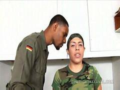 سوفیا دی, ارتش
