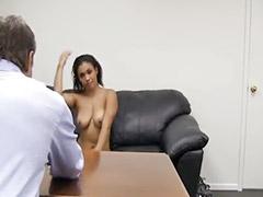 Office sexs, Kıvıcık saçlı, Kıl
