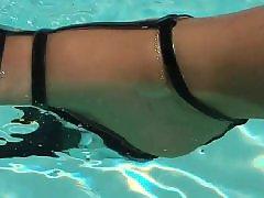 Fuß in der, Fuß im, Fetisch amateur, Im schwimmbecken, Reife baden, Im schwimmbad