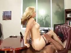 Sexo de pie, Paródia