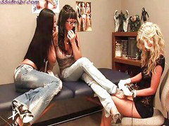 Tattoo, Counter, Tattooed lesbians, Tattoo lesbian, Lesbian tattoo, 3 way lesbians