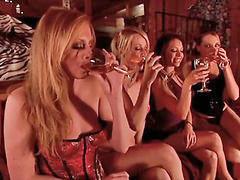 Mädchen lesbisch, Mädchen lecken mädchen, Madchen leckt mädchen, Lesben lecken von mädchen, Lesben komme, Lesben , lecken