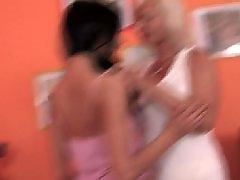Viejo se folla la hija, Maduras amateur enculadas, Joven, hijas, Hija pequeña, Hijas lesbianas, Jovenes follando con maduras